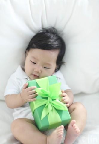 Idée cadeau naissance : Bien choisir son cadeau de naissance