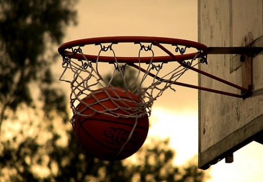 Idées cadeaux pour les amoureux du basket-ball